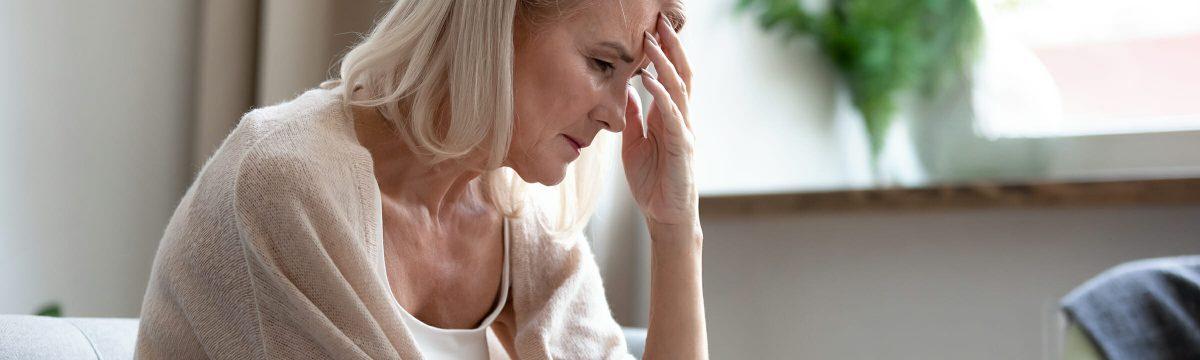Frau bei der Trauertherapie